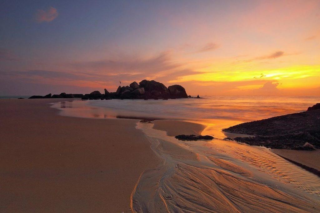 Sunrise Beach at Haad Rin, Koh Pha Ngan